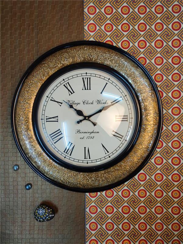 ROUND BRASS WALL CLOCK