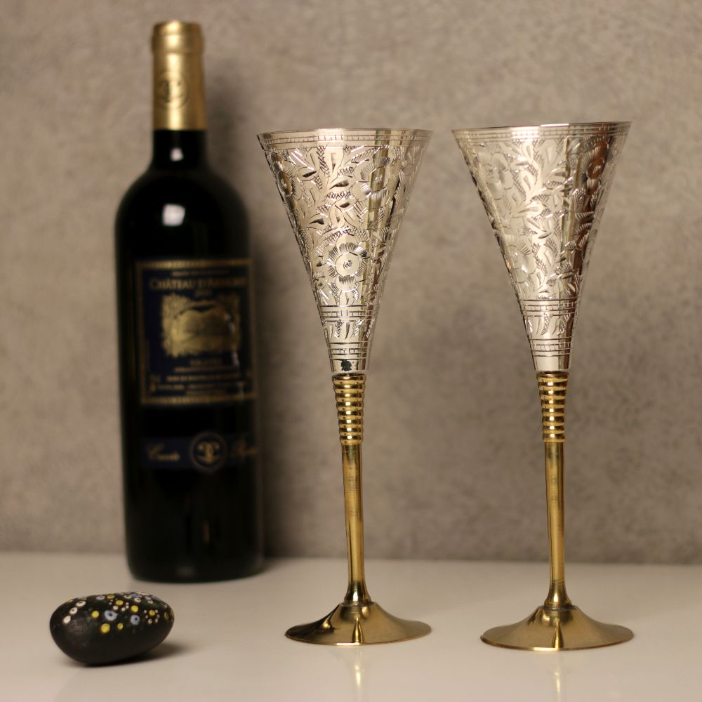 WINE GLASS HORN SET OF 2