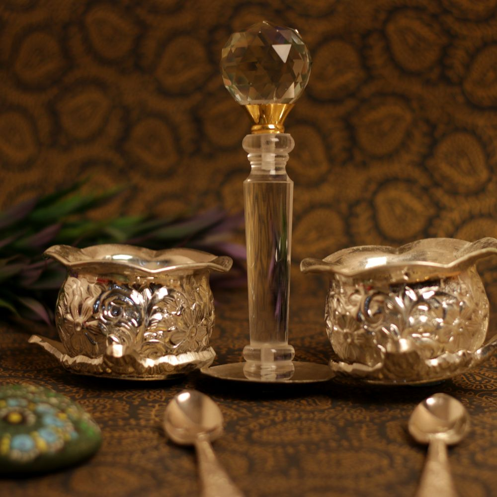 SPECIAL TIE DESIGN 2 BOWL SET WITH STIRER AND SPOON