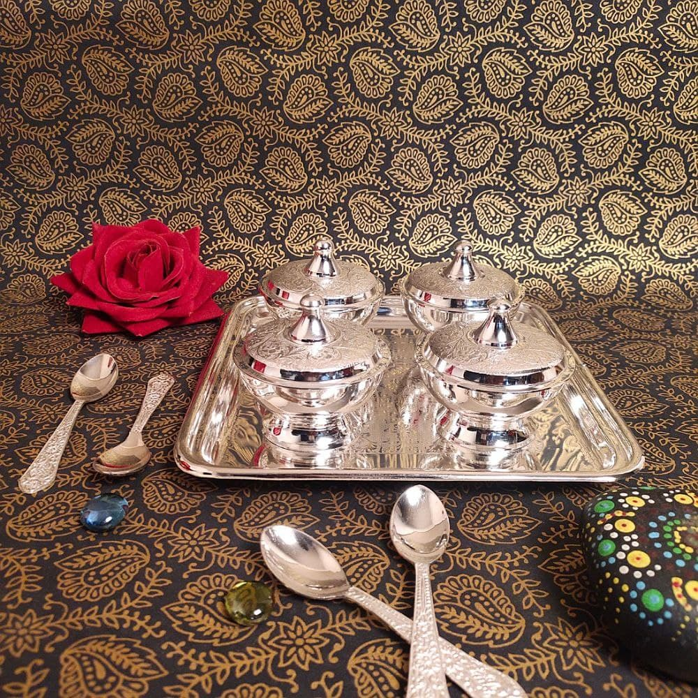 SILVER SUPARI SET OF 4 with Spoon & Tray