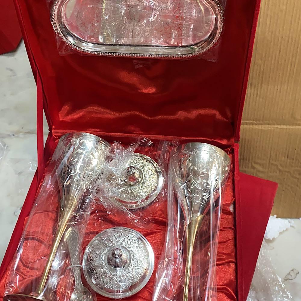 WINE GLASS AND SUPARI BOWL HAMPER