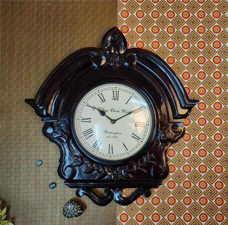 ANTIQUE TRIANGLE WOODEN WALL CLOCK 20X20X10